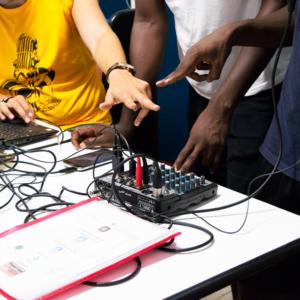 Radio Barrio con i migranti