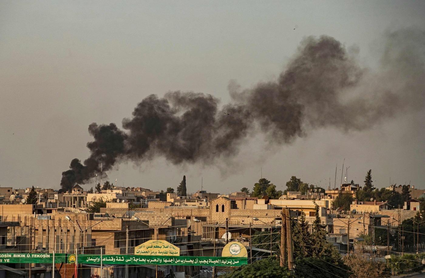 Siria, Turchia dà il via a bombardamenti contro i curdiSiria, Turchia dà il via a bombardamenti contro i curdi